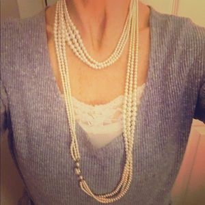 Beautiful Vintage Necklace  Good condition